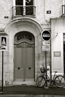 Paris Door & Bike