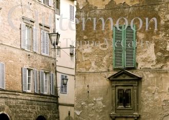 Siena Street Lantern